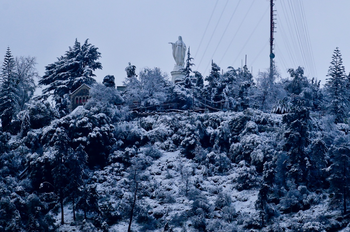 Snow Comes to Chile's Capital in BigWay