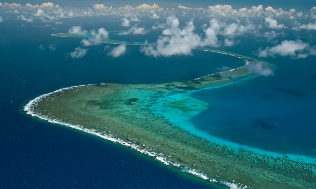 The Great Barrier Reef – a Land and Sea in Flux.